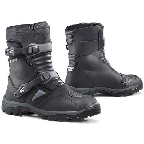 FORMA ADVENTURE LOW DRY BLACK BOOTS ON-OFF